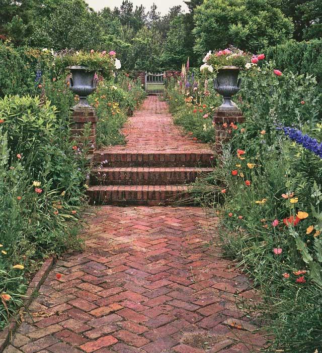 Landscape Lighting Gillette Nj: Christie's Fine Gardening